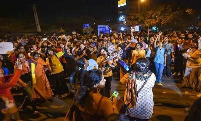 जेएनयू यौन उत्पीड़न मामला : प्रोफेसर जौहरी को मिली जमानत