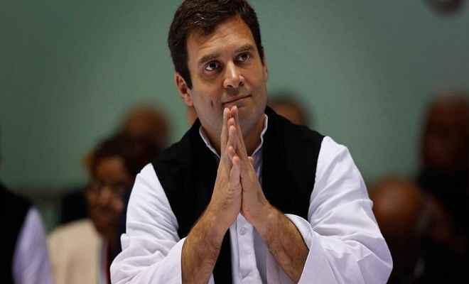 कर्नाटक चुनाव में भी सॉफ्ट हिंदुत्व का कार्ड खेलने के मूड में कांग्रेस अध्यक्ष