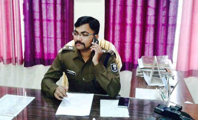 तीन देसी कट्टा, एक बन्दूक व 10 कारतूस के साथ दो गिरफ्तार, रामगढवा में हिंसा की थी योजना