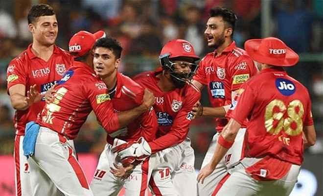 धौनी की शानदार पारी पर गेल की पारी भारी, पंजाब ने 4 रन से मैच जीता