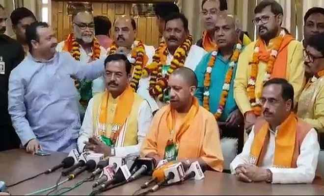 एमएलसी चुनावः बीजेपी के 10, सपा, बसपा, अपना दल ( एस) के एक-एक प्रत्याशी निर्विरोध निर्वाचित
