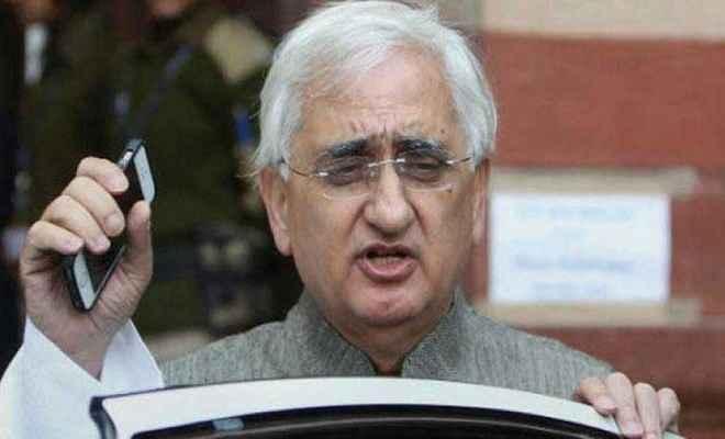 सलमान खुर्शीद के बयान से कांग्रेस ने किया किनारा, कार्रवाई के सवाल पर साधी चुप्पी