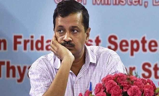 दिल्ली सरकार को सीलिंग मुद्दे पर सुप्रीम कोर्ट ने लगाई फटकार