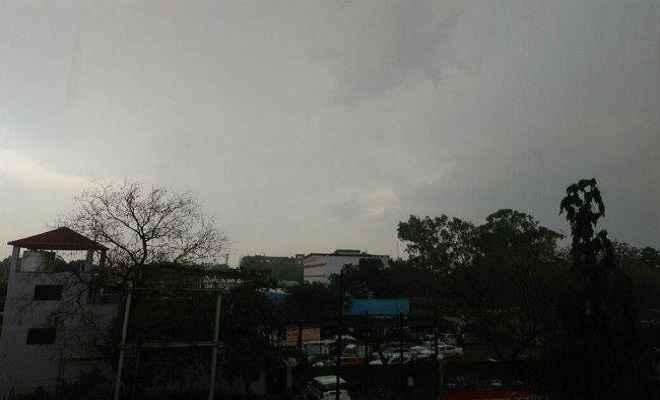 झारखंड : कई जिलों में झमाझम बारिश, लोगों ने ली राहत की सांस