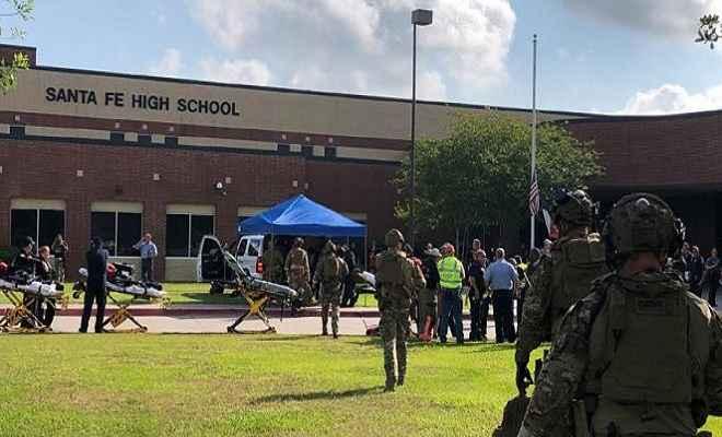 अमरीका: टेक्सास के स्कूल में भीषण गोलीबारी, 10 लोगों की हुई मौत