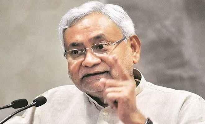 मुख्यमंत्री नीतीश कुमार ने पटना में कृषि महाभियान सह बीज वाहन रथों को किया रवाना