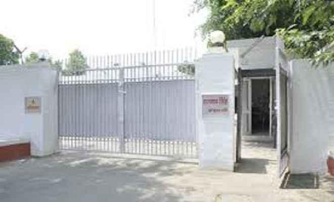 आज राजनाथ सिंह खाली कर सकते है लखनऊ में अपना सरकारी आवास