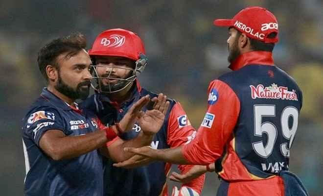 आईपीएल:  दिल्ली ने 11 रनों से जीता मैच, मुंबई आईपीएल से बाहर