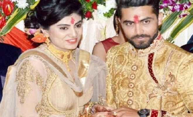 रवींद्र जडेजा की पत्नी के साथ पुलिसवाले ने की मारपीट