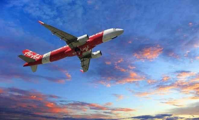 एयर एशिया का धमाकेदार ऑफर, सिर्फ 999 रुपए में भरिए विदेश की उड़ान