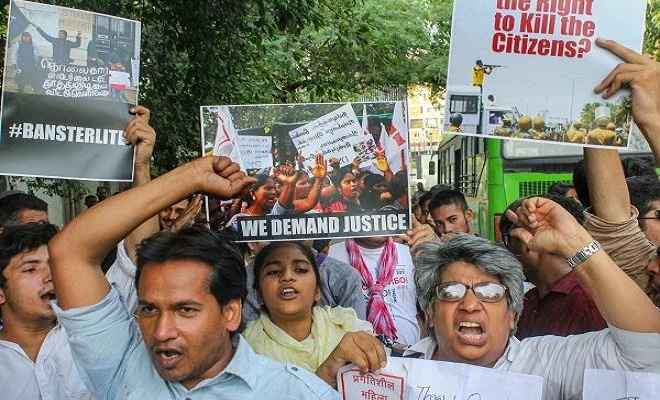 तमिलनाडु हिंसा: कई इलाकों में इंटरनेट सेवाओं पर रोक, डीएमके ने किया बंद का ऐलान