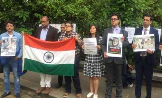 ब्रिटेन में पाक के खिलाफ प्रदर्शन, सड़कों पर उतरे डोगरा समाज