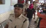 पुलिस ने गिरफ्तार कर बैंक रॉबरी का मुख्य सरगना हसन चिकना को लाया बोकारो