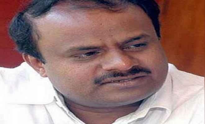 कुमारस्वामी सरकार:  मंत्रिमंडल में जगह न मिलने से नाराज विधायक विद्रोह करने के मूड में
