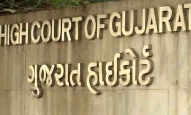 सहमति से भी नाबालिग के साथ बनाया शारीरिक संबंध तो सजा: गुजरात हाईकोर्ट