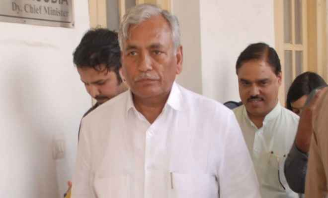 केजरीवाल का धरनाः विधानसभा स्पीकर ने उप राज्यपाल को पत्र लिखकर आईएएस हड़ताल को बताया 'साजिश'