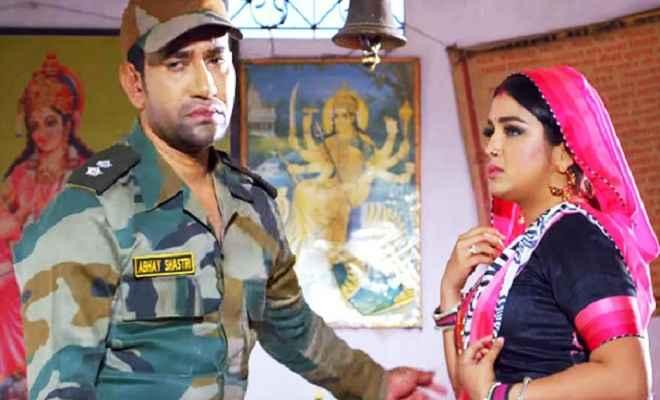 निरहुआ का फिल्म ''बॉर्डर'' रिलीज, बिहार में ''रेस 3'' नहीं ''बॉर्डर''  मचा रही धूम