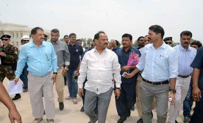 झारखंड सरकार विकास के प्रति है कृतसंकल्पित: मुख्यमंत्री रघुवर दास