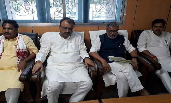बालू के बिहार से बाहर जाने पर पूर्णत: रोक लगेगी : सुशील मोदी