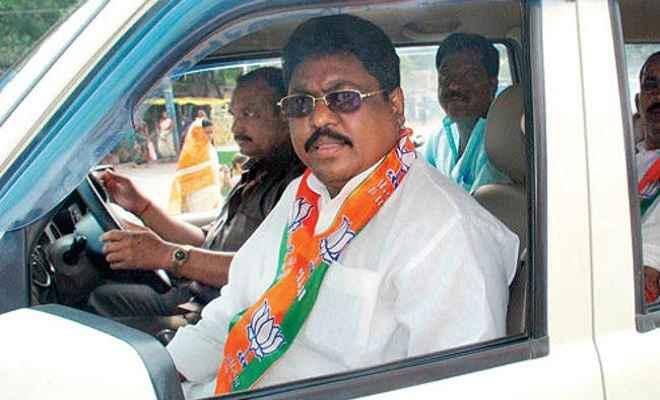 झारखंड के पूर्व मंत्री दुलाल भुइयां को 5 साल की सजा