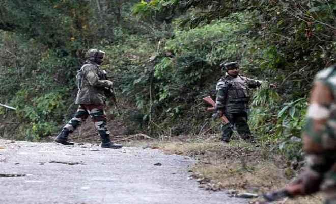 जम्मू-कश्मीर: मुठभेड़ में सुरक्षाबलों ने 2 आतंकी किए ढेर, 1 जवान शहीद