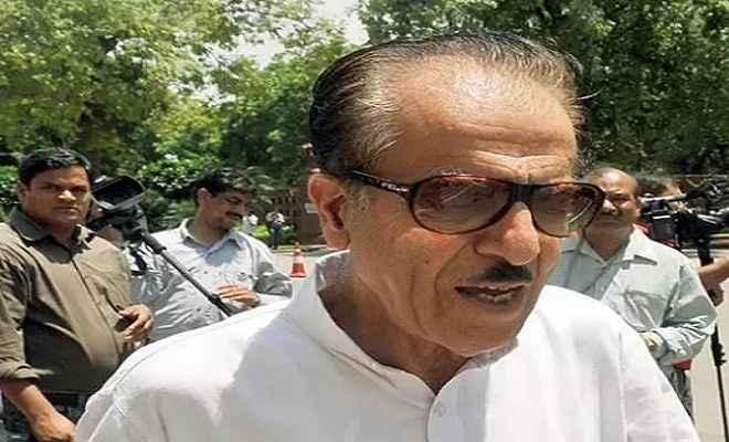 'कश्मीर के लोगों को चाहिए आजादी', बयान देकर फंसे सैफुद्दीन सोज