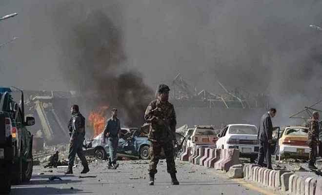 काबुल में आत्मघाती हमला, 20 की मौत