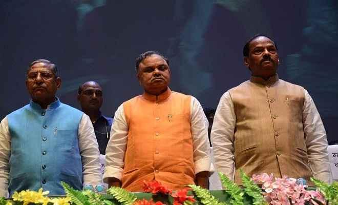 विपक्ष पर जोरदार हमला: प्रधानमंत्री पद के सभी रोगी एक जगह पर हो रहे इक्ट्ठा : मुख्यमंत्री रघुवर दास
