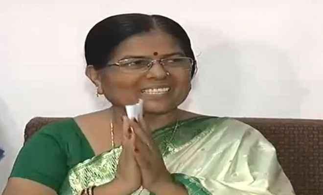 मुजफ्फरपुर बालिका गृह मामला: मंत्री मंजू वर्मा ने दिया इस्तीफा