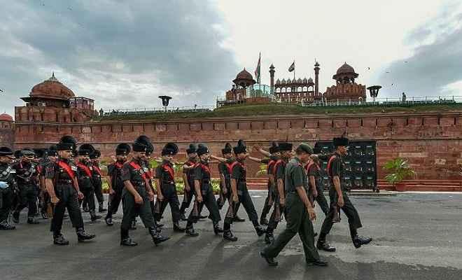 स्वतंत्रता दिवस के मौके पर राजधनी दिल्ली में कड़े सुरक्षा इंतजाम