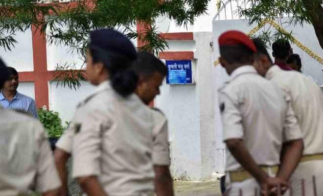 मुजफ्फरपुर बालिका गृह कांड : सीबीआई ने बढ़ाया जांच का दायरा, मंजू वर्मा के पीए को बुलवाया, फिर गाड़ी में साथ लेकर चली गयी