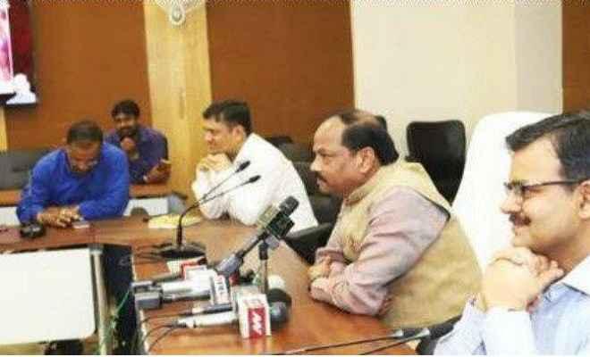 मुख्यमंत्री रघुवर ने कहा, देवघर से वासुकीनाथ धाम को जोड़ने वाली सड़क होगी फोरलेन