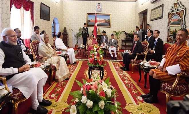बिम्सटेक सम्मेलन में हिस्सा लेने काठमांडू पहुंचे प्रधानमंत्री मोदी, राष्ट्रपति भंडारी से मिले