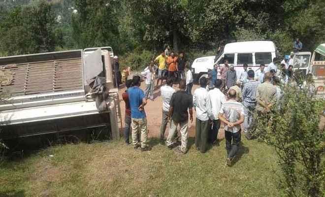 किश्तवाड़ में चिनाब नदी में गिरी बस, 10 लोगों से ज्यादा की मौत