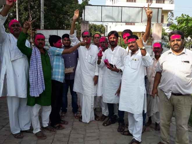 डाॅ मदन मोहन झा के काॅंग्रेस प्रदेश अध्यक्ष बनने पर बधाइयों का तांता