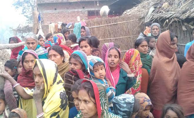 मोतिहारी के चकिया में पहले दो बेटियों सहित तीन बच्चों को फांसी पर लटकाया, फिर महिला ने की खुदकुशी