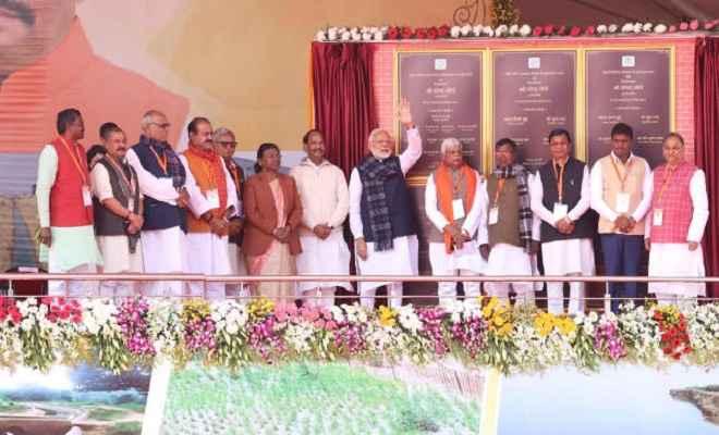 प्रधानमंत्री मोदी ने झारखंड में छह महत्वाकांक्षी सिंचाई योजना का किया शिलान्यास