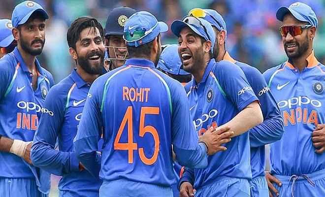 भारत बनाम ऑस्ट्रेलिया: पहले मैच में हार के बाद टीम इंडिया में होगा बदलाव, यह खिलाड़ी हो सकता है बाहर