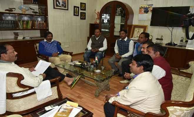 पारा शिक्षकों के हितों को सुरक्षित करने के लिए नियमावली बन रही है: मुख्यमंत्री रघुवर दास