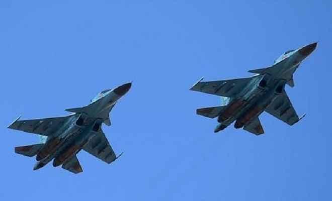 आपस में टकराए दो रूसी लड़ाकू विमान, पायलट सुरक्षित