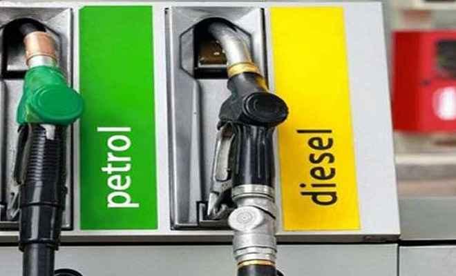 फिर बढ़े पेट्रोल और डीजल के भाव, नए साल में नई ऊंचाई पर पहुंची कीमत
