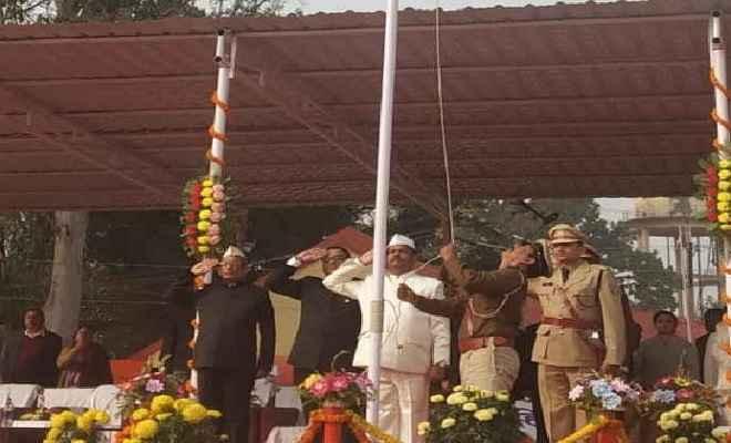मुख्यमंत्री रघुवर दास ने मुख्यधारा से भटके लोगों से विकास में योगदान करने का किया आह्वान