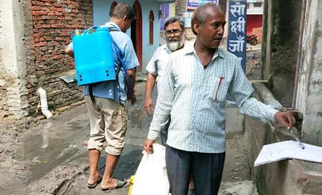बाढ़ के बाद राहत-बचाव कार्यों में तेजी, युद्धस्तर पर कार्य करने में जुटा स्वास्थ्य विभाग