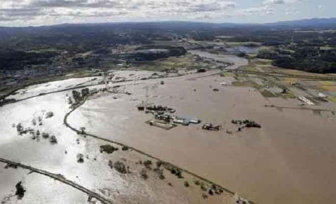 जापान में हगिबीस तूफान से मरने वालों की संख्या बढ़कर 35 हुई, 17 लापता