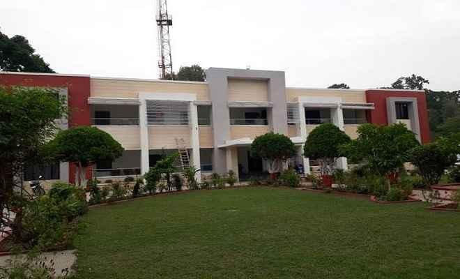 वाल्मीकिनगर में मुख्यमंत्री नीतीश कुमार ने किया 8 करोड़ की लागत से बने इको पार्क का उद्घाटन