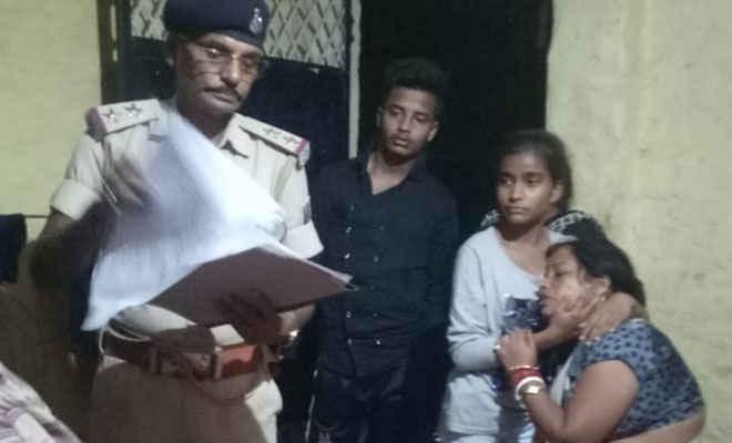 मोतिहारी के अगरवा मुहल्ले में छात्रा की फांसी से मौत, हत्या या आत्महत्या, पुलिस कर रही जांच, निजी क्लिनिककर्मी की गिरफ्तारी की मांग