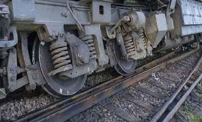 बांग्लादेश में भीषण ट्रेन हादसा, 15 लोगों की मौत, पचास से अधिक घायल,  बचाव कार्य जारी