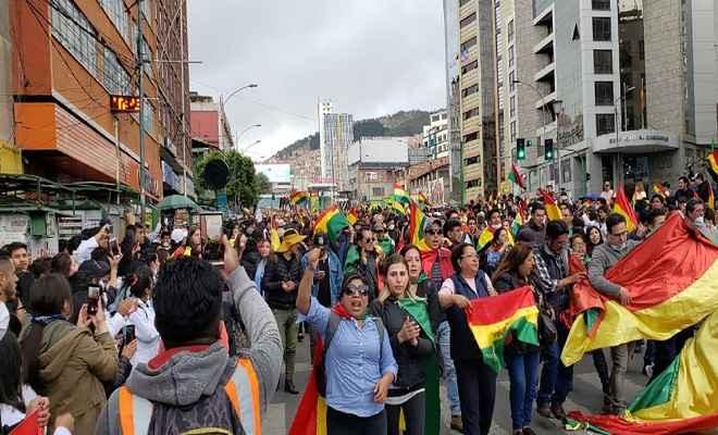 बोलिविया में चुनावी धांधली के विरोध में जारी प्रदर्शन और हिंसा में सात लोगों की मौत