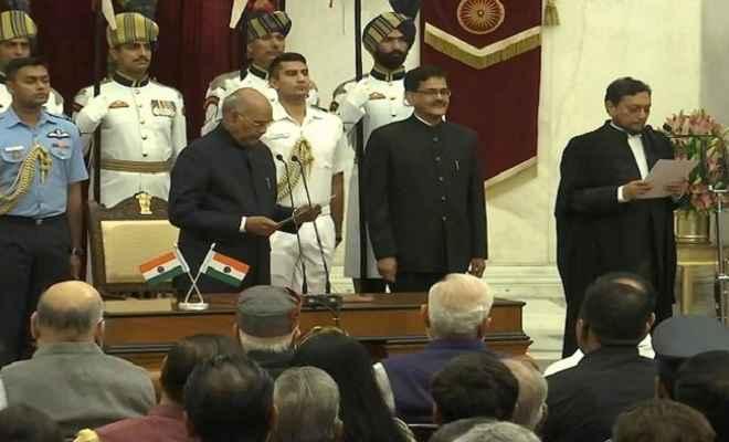 न्यायमूर्ति शरद अरविंद बोबडे ने ली 47वे चीफ जस्टिस पद की शपथ