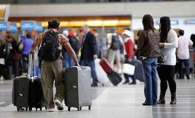 वीजा नियमों का उल्लंघन कर अवैध तरीके से अमेरिका पहुंचे 150 भारतीय नागरिक स्वदेश लौटे